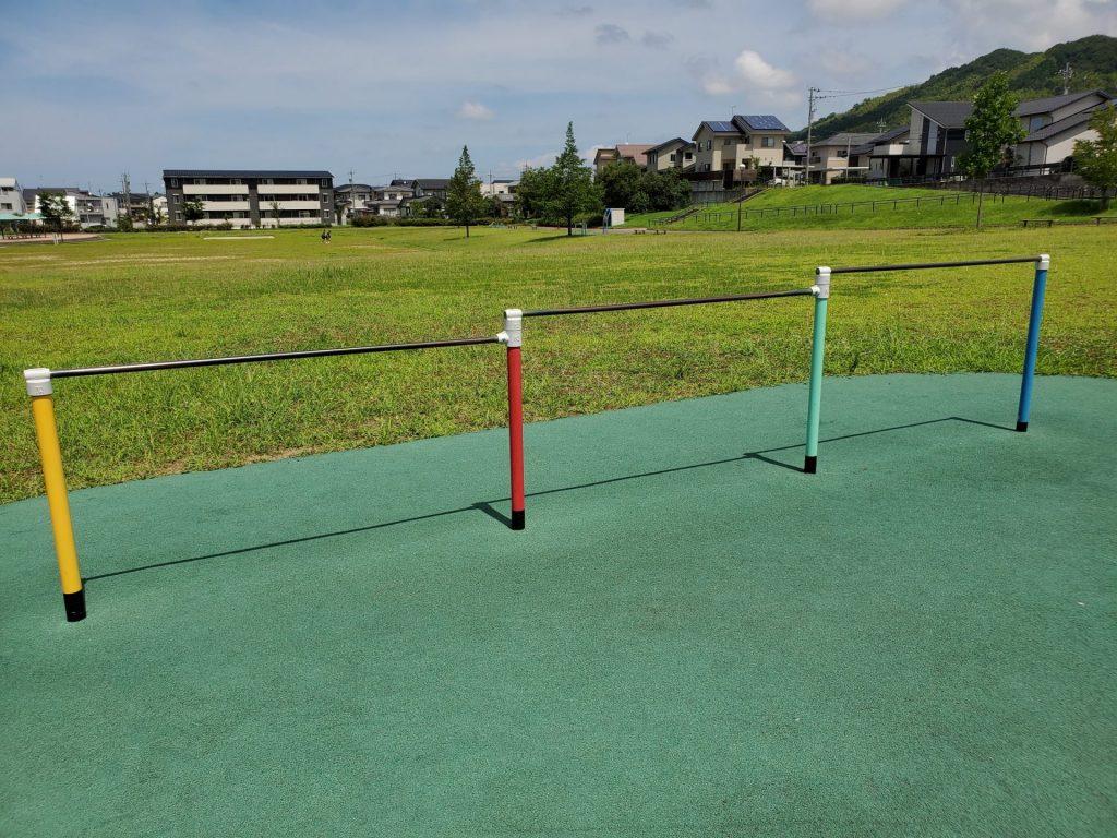 滑り台、ブランコ、四十万きずな広場、金沢、公園
